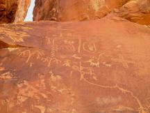 Petroglyphs are in several places in the park, left behind by the Puebloan farmers between 800 and 2,000 years ago.